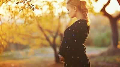 5 Tanda Janin Stress dalam Kandungan, Moms Perlu Tahu Nih