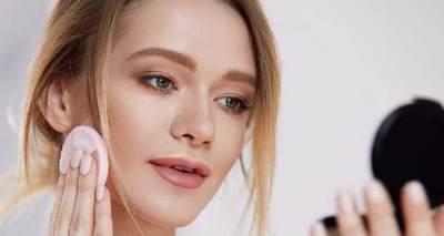 Memakai Makeup Tebal