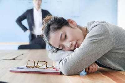 Sering Mengantuk di Siang Hari? Waspada Hipersomnia! Ini Gejala dan Penyebabnya