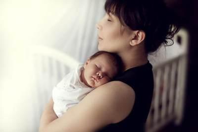 Mengayun-Ayun Bayi