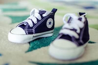 Beli Sepatu Di Sore Hari