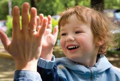 5 Cara Melatih Kemandirian Si Kecil, Cegah Jadi Anak Manja, Moms!