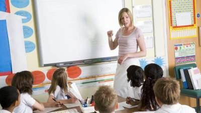 Panduan Dasar Pendidikan Seks Untuk Anak Usia Dini, Terapkan 6 Hal Ini, Moms