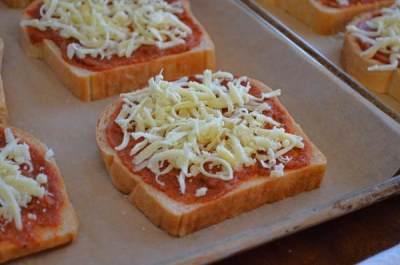 Praktis dan Mudah! Yuk, Coba Resep Pizza Homemade untuk Bekal Makan Anak