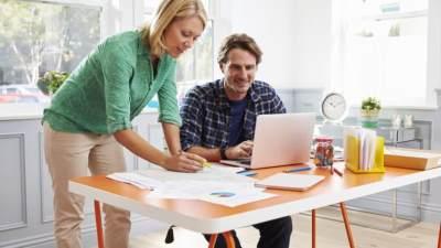 5 Langkah Awal Mengelola Keuangan Rumah Tangga, Hidup Sesuai Kemampuan Ya!