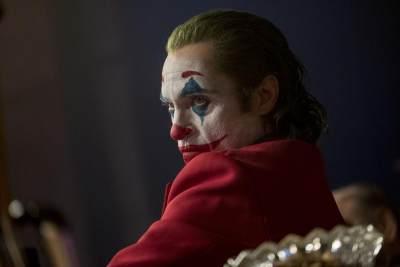 4 Alasan Kenapa Film 'Joker' Bukan Untuk Ditonton Anak, Simak Ya Moms!