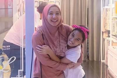 6 Momen Kedekatan Laudya Cynthia Bella dan Aleesya, Ibu Anak Rasa Kakak Adik!