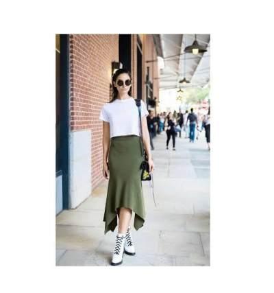Gaya Cantik Mix and Match Baju Hijau dan Warna-warna Natural