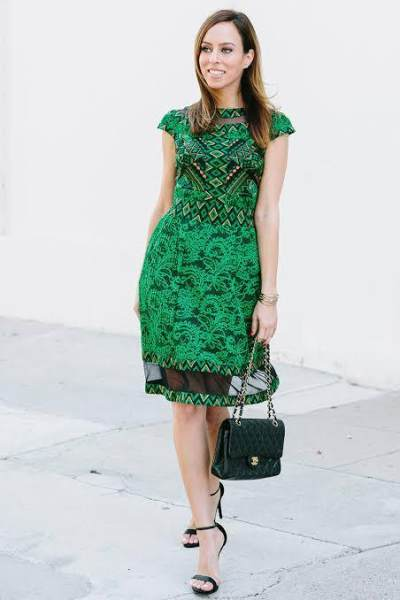 Klasik dan Elegan dengan Dress Hijau untuk ke Pesta