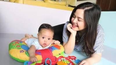 Tasya Kamila Bawa Anak Ke Lokasi Syuting, Ini Manfaatnya Untuk Ibu dan Si Kecil