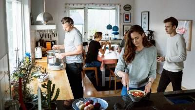 Ragam Konflik yang Biasa Muncul Saat Tinggal Bersama Orangtua