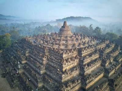 Merasakan Pesona dan Keagungan Nusantara di Candi Borobudur
