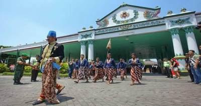 Keindahan dan Keagungan Warisan Budaya Jawa di Keraton Solo dan Yogyakarta