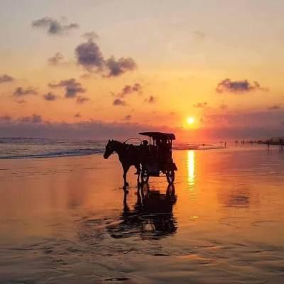Keindahan Pantai Parangtritis, Cantik dan Mistis!