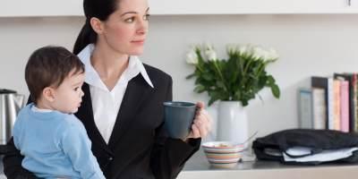 5 Stigma Negatif Tentang Ibu Bekerja, Benarkah Tak Bisa Diandalkan?
