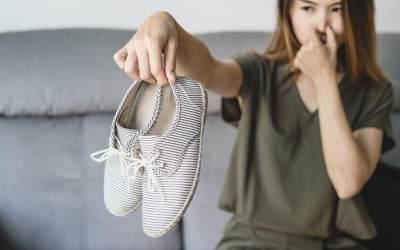 DIY Spray Pengharum Sepatu, Ampuh Hilangkan Bau Tak Sedap Pada Sepatu, Lho!