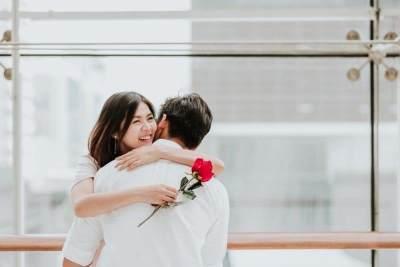 Tips Menghadapi Suami Pendiam