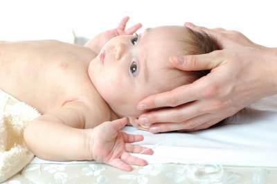 Tips Agar Rambut Bayi Tebal dan Indah, Coba 7 Cara Ini, Moms