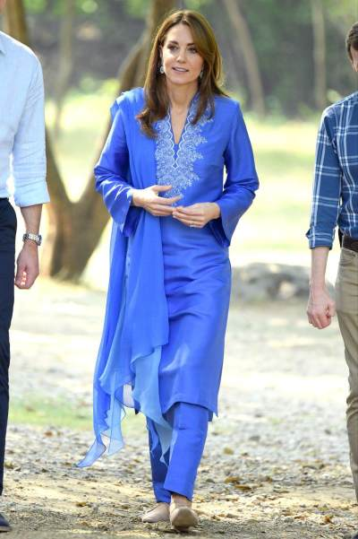 Berkunjung Ke Pakistan, Ini 8 Gaya Anggun Kate Middleton yang Bisa Moms Ikuti