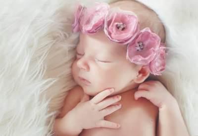 Kumpulan Nama Bayi Perempuan Jawa Bermakna Cantik dan Lembut