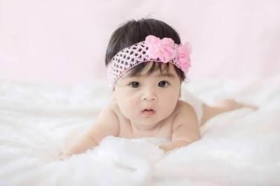 Nama Bayi Perempuan Jawa Bermakna Cantik & Lembut Berawalan Huruf W-Y