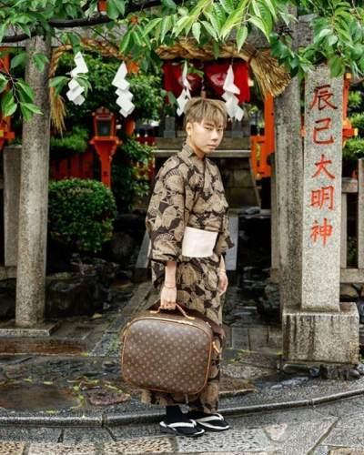 Bikin Cantik dan Awet Muda, Ini Ciri-ciri Pemakai Susuk Menurut Roy Kiyoshi