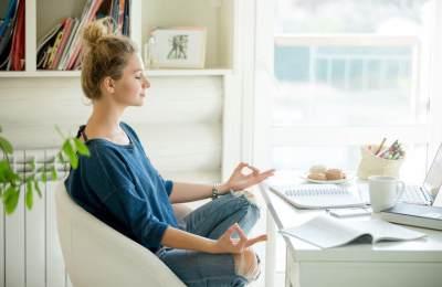 Diet dengan Meditasi Ampuh Turunkan Berat Badan? ini Ragam Manfaatnya