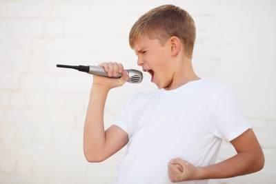 Normal Terjadi, Kapan Suara Anak Laki-laki Berubah?
