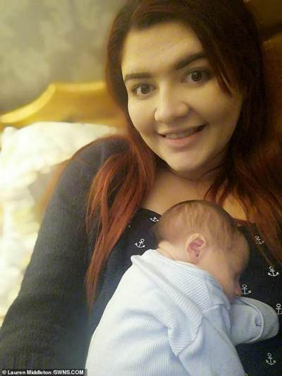 Hebat! Wanita Ini Lahirkan Bayi Laki-laki Setelah 10 Minggu Ketuban Pecah