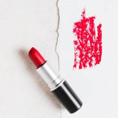 1. Lipstick menjadi crayon