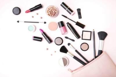 Jangan Dibuang, Ini 4 Cara Memanfaatkan Produk Makeup yang Kadarluarsa!
