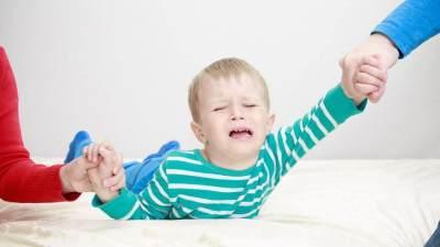 Trik Mengatasi Anak yang Takut Mandi, Ketahui Penyebabnya Juga, Moms