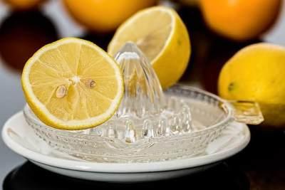 Konsumsi lemon