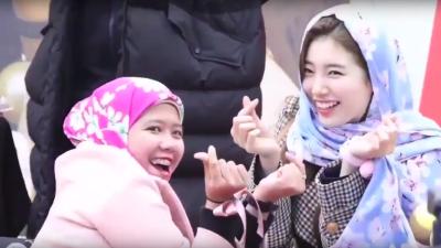 1. Hadiah hijab dari fans