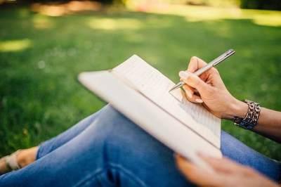 Penulis Angkat Bicara, Kisah 'Layangan Putus' Dipastikan Lanjut Ke Part 3