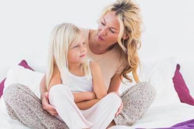 Moms, Bantu Anak Atasi Rasa Takutnya dengan Kata-kata Bijak Ini