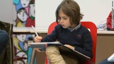 Jenius! Anak Ini Dapat Gelar Sarjana di Usia 9 Tahun
