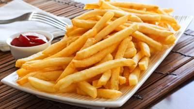 1. Kentang goreng dan keripik kentang