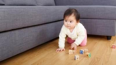 Tips Bayi Bebas Merangkak dengan Aman