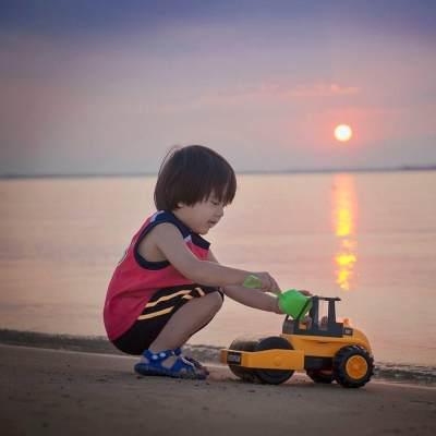 Usia Masih 7 Tahun, Bocah Cilik Ini Jadi Influencer Terkaya dengan Harta Rp310 Miliar