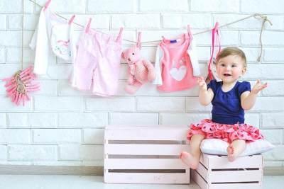 Biar Gak Salah Pilih, Ini 5 Tips Cerdas Membeli Baju Bayi