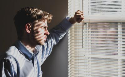 Lebih Rawan Depresi, Tingkat Bunuh Diri Pria Ternyata Tiga Kali Lipat dari Wanita!