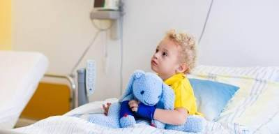 Turunkan Kinerja Otak Hingga Gangguan Ginjal, Ini 4 Bahaya Dehidrasi Pada Anak