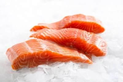 Manfaat Ikan Salmon dan Jagung untuk Anak