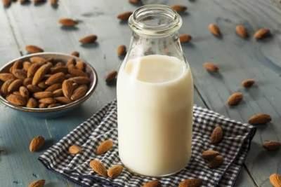 2. Susu almond