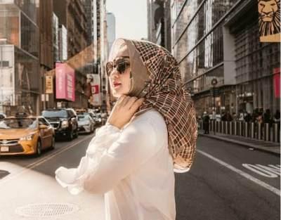 Hijab Bebas Bau Tak Sedap dengan 7 Tips Ampuh Ini