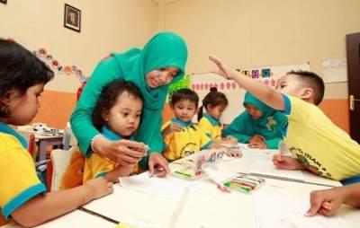 Kisah Guru PAUD yang Digaji Rp200 Ribu Tapi Dituntut Berkualitas
