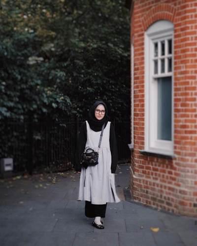 5 Inspirasi Fashion Hijab ala Zahratul Jannah yang Anggun dan Lembut
