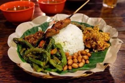 5 Restoran Khas Bali Wajib Coba di Jakarta, Lezatnya Menggiurkan!