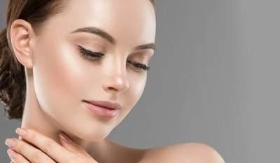 Makeup Glowing 'Dewy Dumpling' Jadi Tren dan Viral, Ternyata Ini Rahasianya!